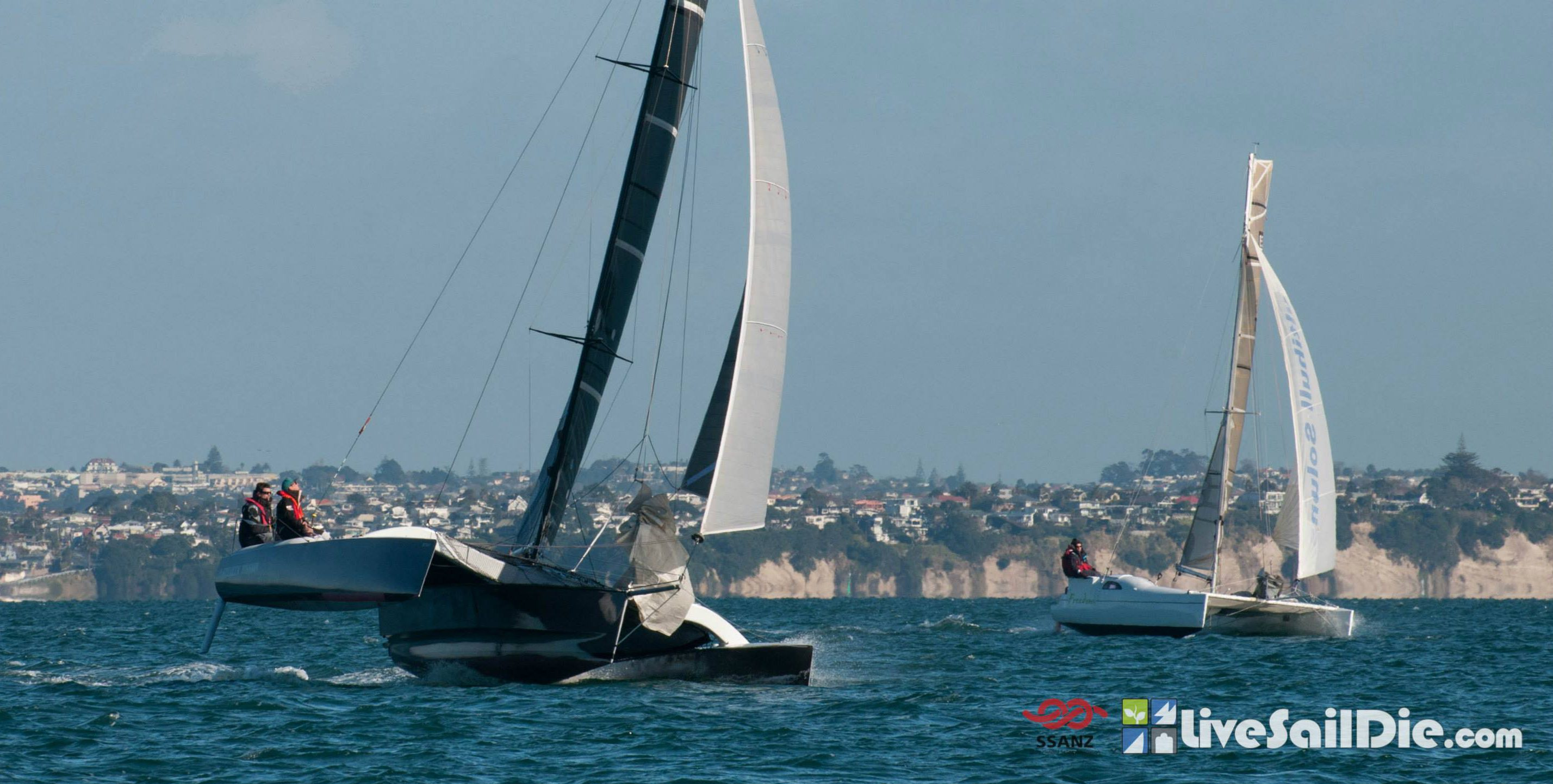 Stealth Mission and Freedom racing in the SSANZ Triple Series