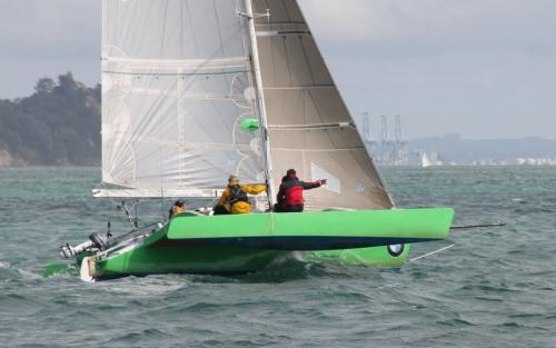 trimaran flying hull